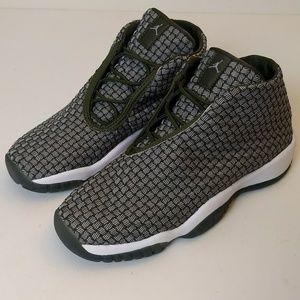 Air Jordan Future Basketball Shoe Youth 6.5Y EUR39